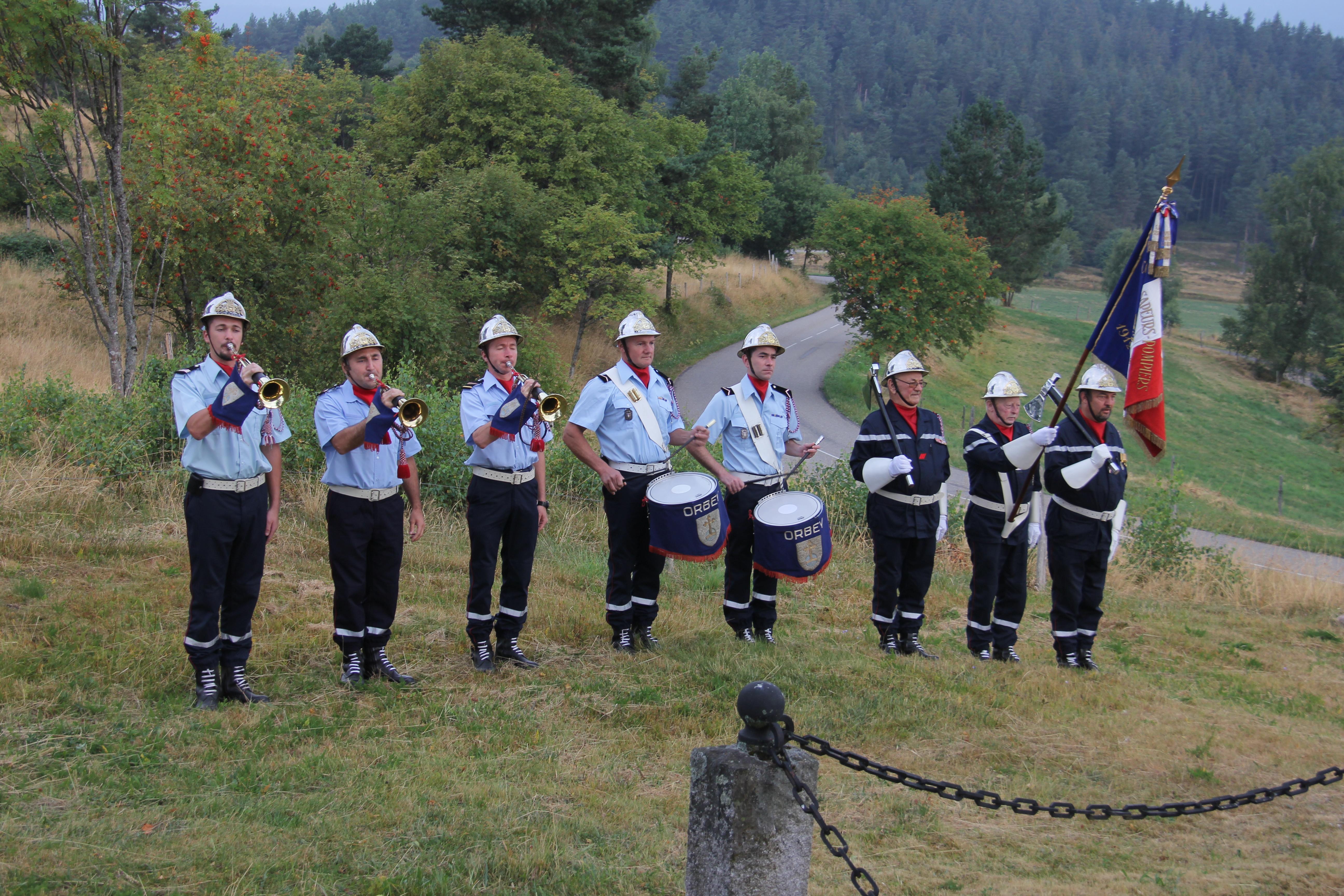 Dépôt de gerbe sur le front des Vosges 14-18
